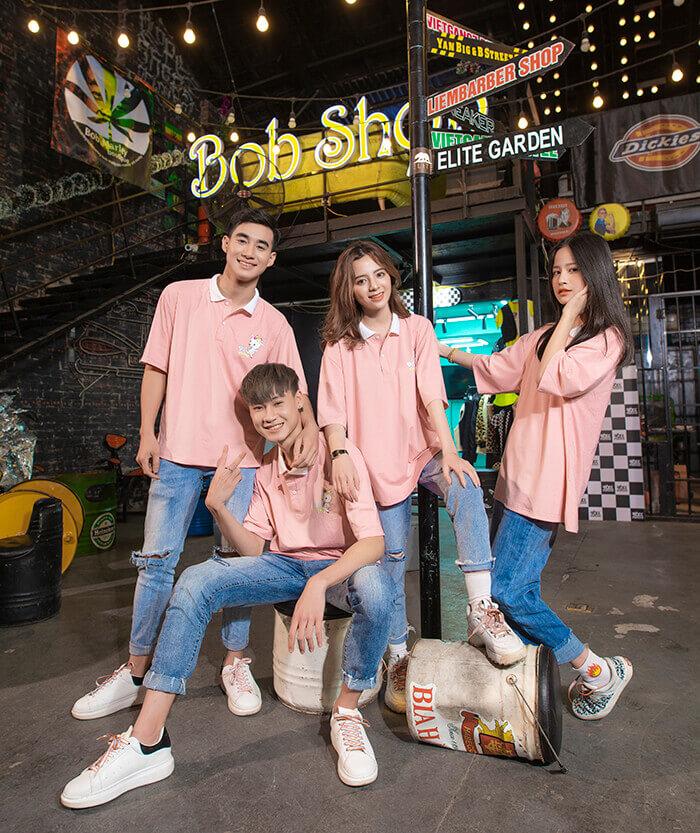 Áo màu hồng pastel